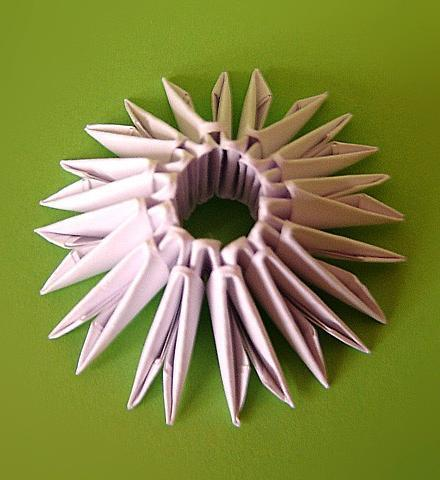 модульного оригами Лебедь