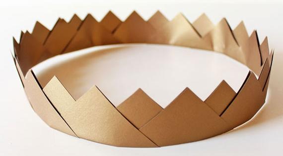 Как сделать бумажную корону для девочки